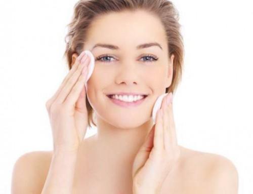 L'art du démaquillage : comment bien nettoyer votre peau ?